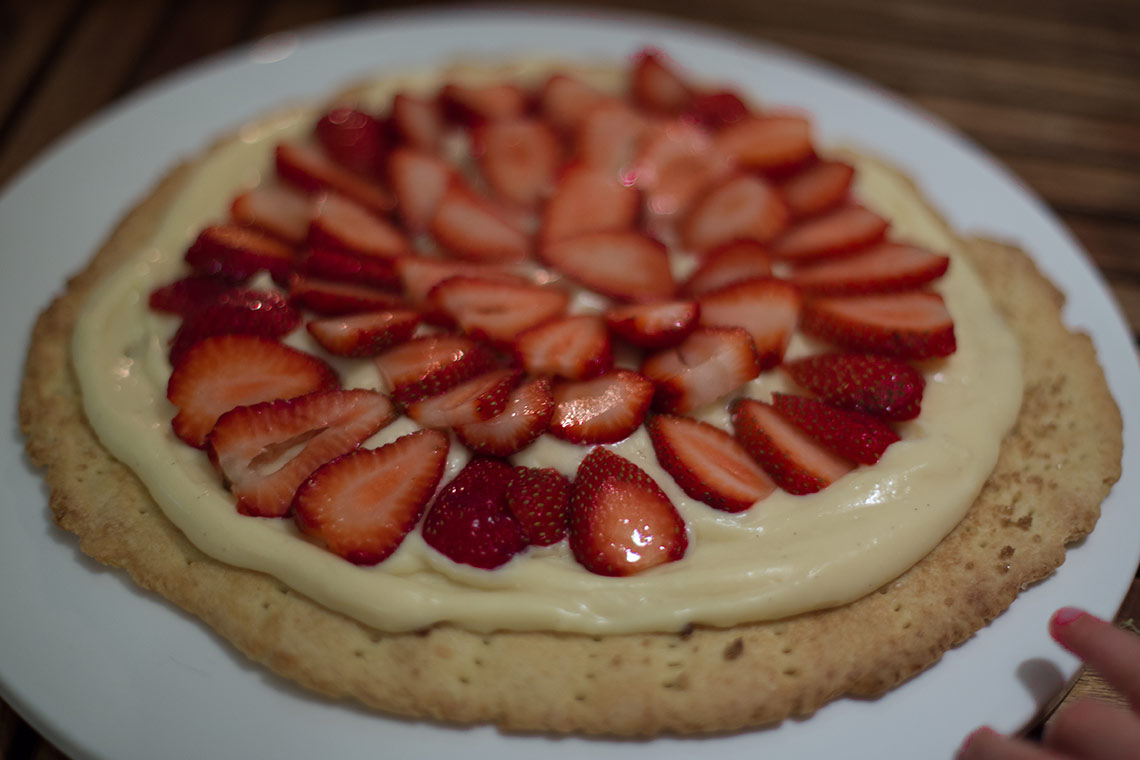 Strawberry tart the French way