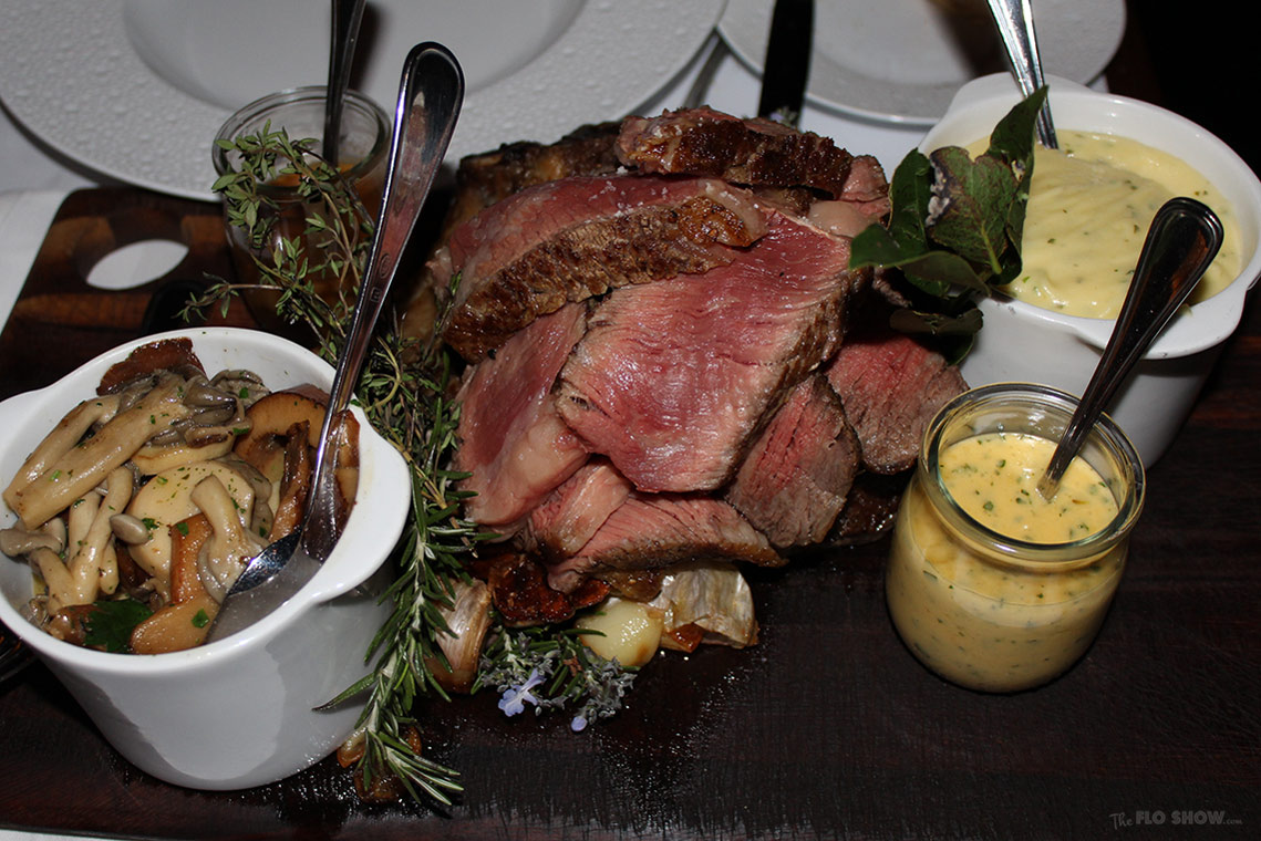 Ananas French restaurant in Sydney - Review on TheFloShow.com