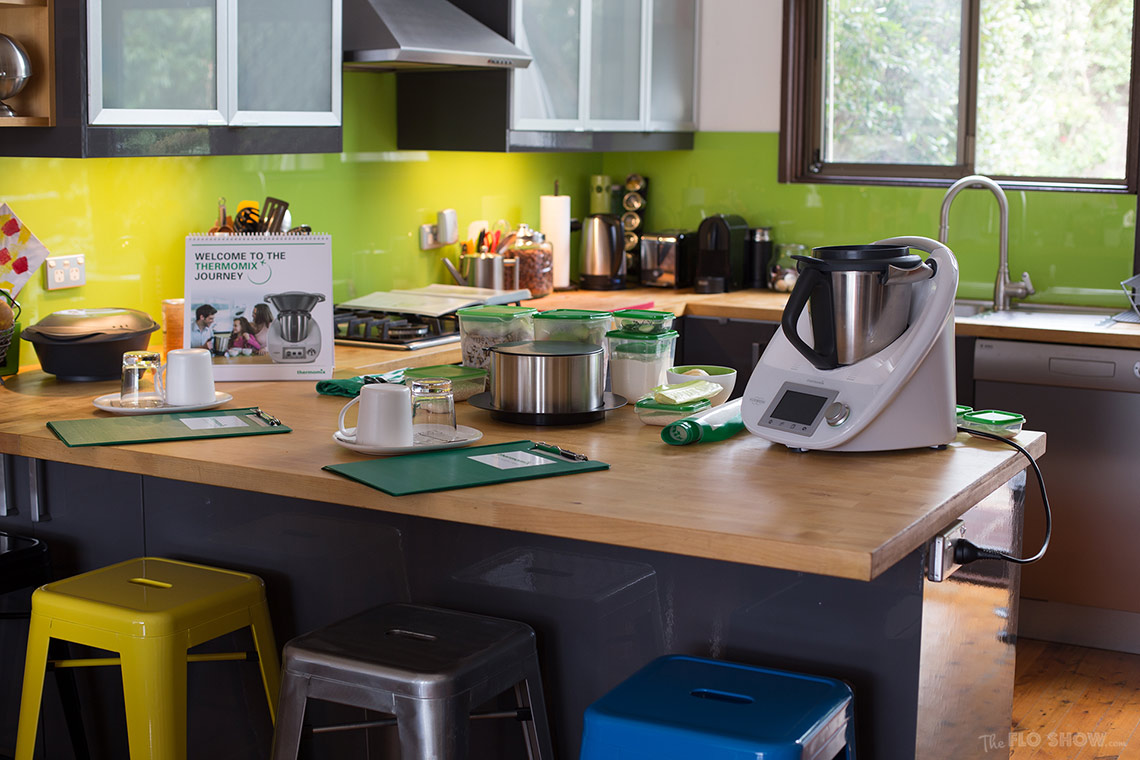 Thermomix demo at Peggy s house and review on www.TheFloShow.com