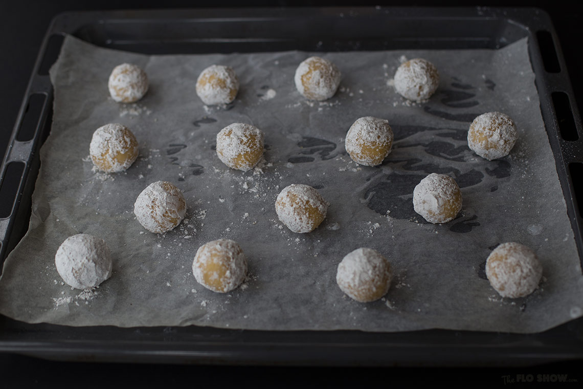 Lemon balls with moist center - cook the cold balls on www.TheFloShow.com