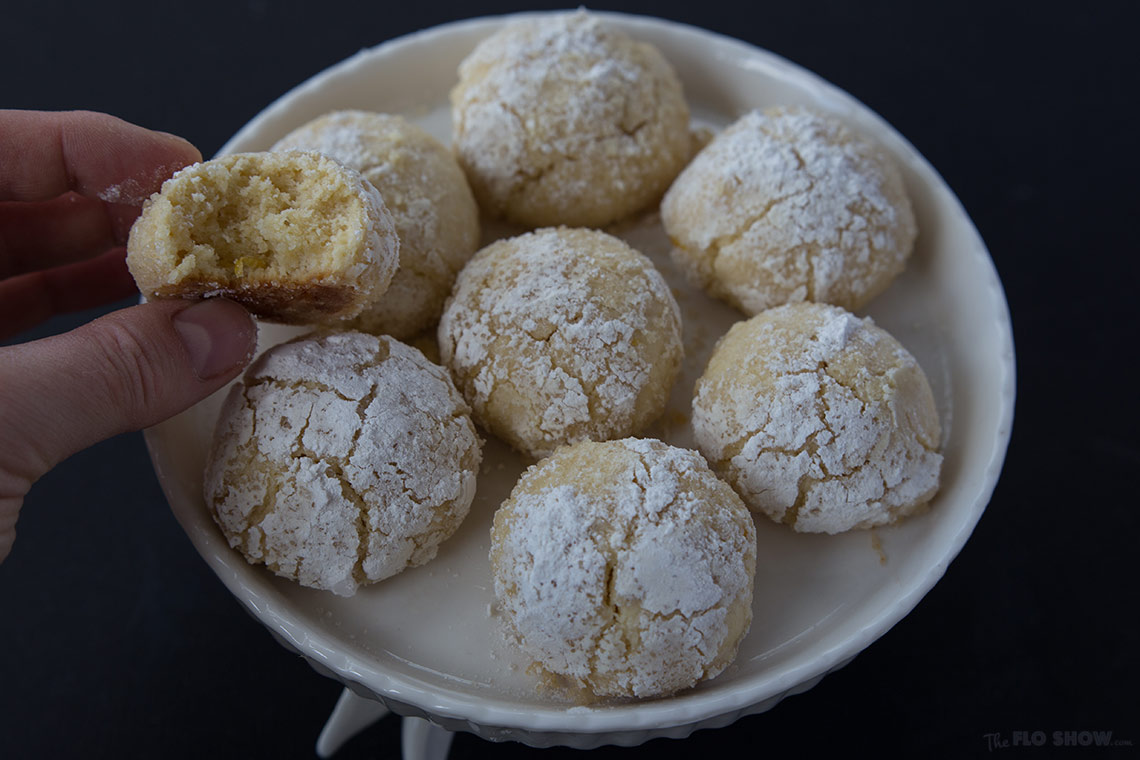 Lemon balls with moist center - delicious cookies for tea on www.TheFloShow.com