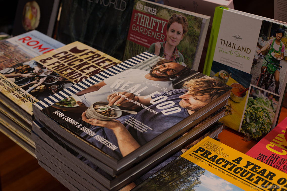 Bookstore review - Better read than dead in Newtown - The blue duck real food on www.TheFloShow.com