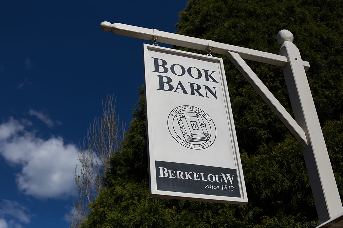 Bookstore review - Berkelouw in Berrima - A beautiful book barn on www.TheFloShow.com