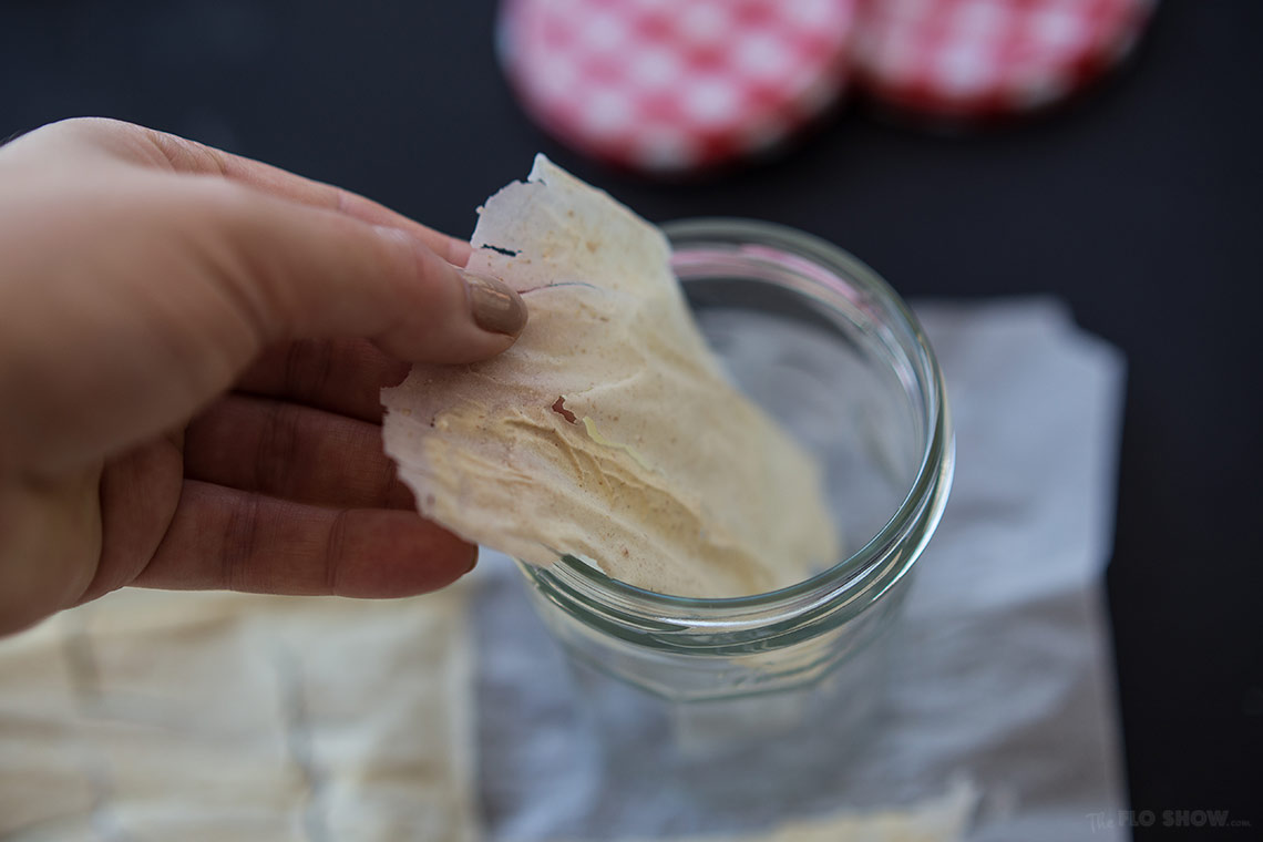 How to clone sour-dough bread starter or levain - No mess technique - on www.TheFloShow.com