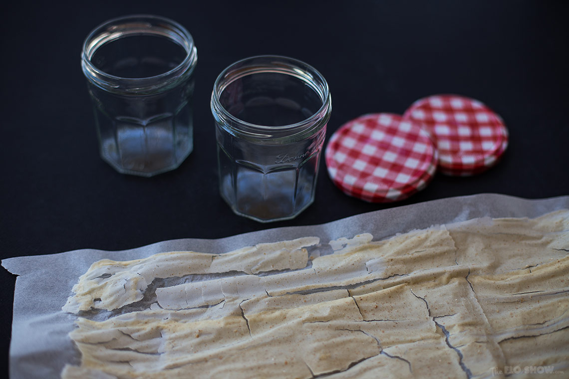 How to clone sour-dough bread starter or levain - Use Bonne Maman jars - on www.TheFloShow.com