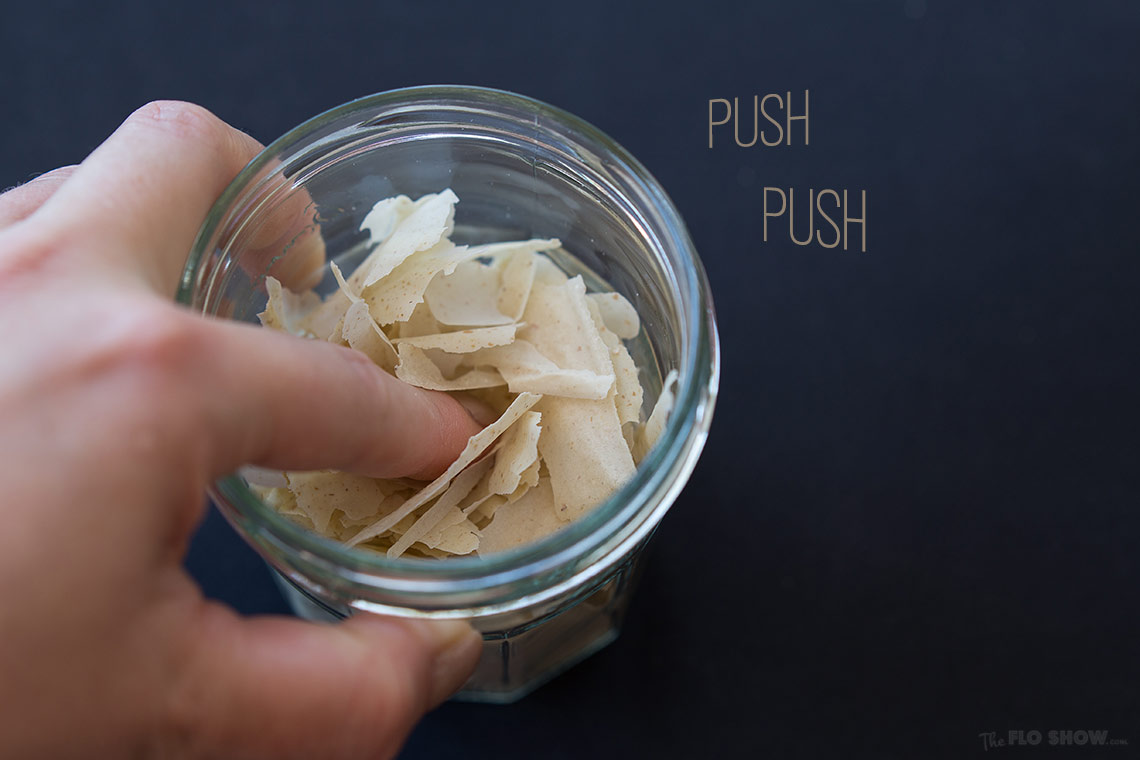 How to clone sour-dough bread starter or levain - push push on www.TheFloShow.com