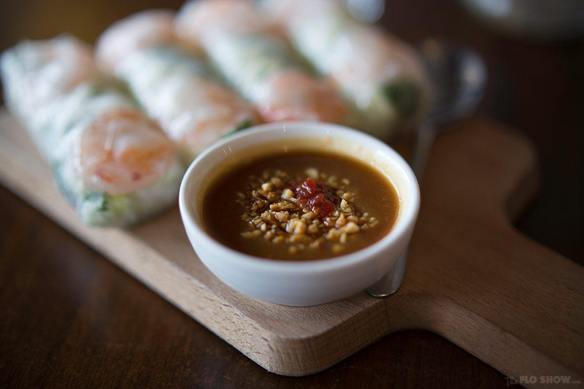 Restaurant review - Thuy Huong in Glebe - Vietnamese rice paper rolls with peanut sauce on www.TheFloShow.com