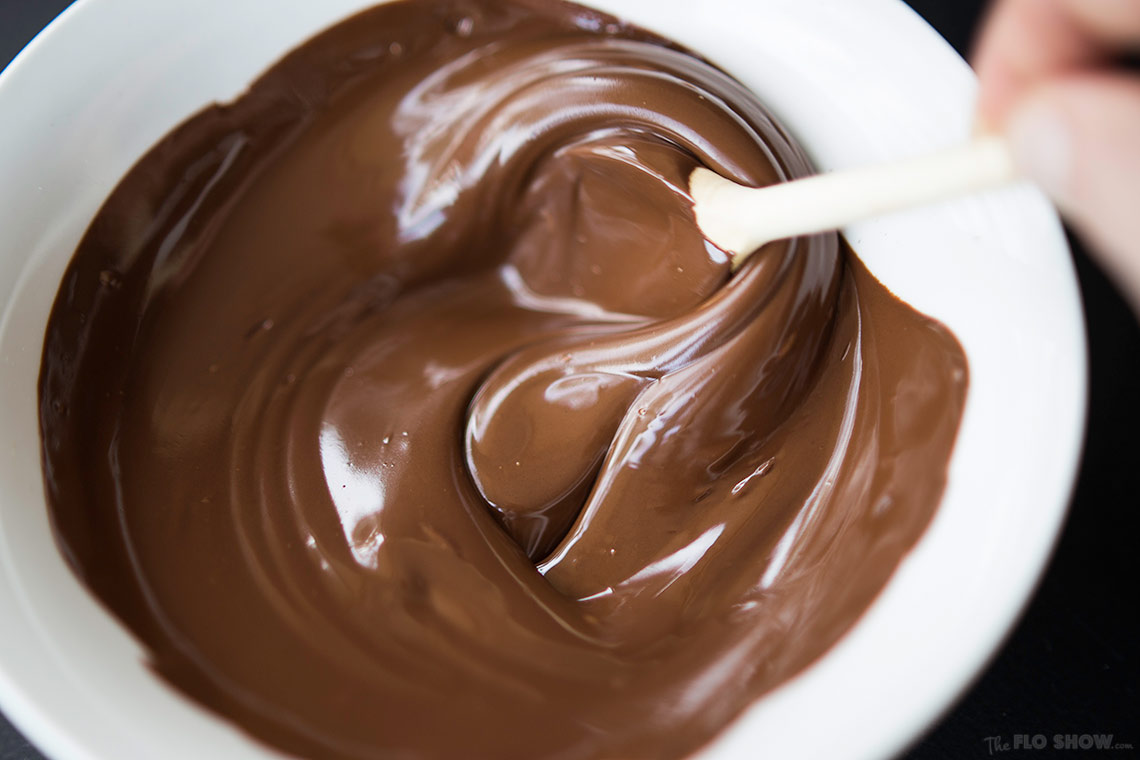 2-ingredient chocolate mousse ⋆ The Flo Show.com