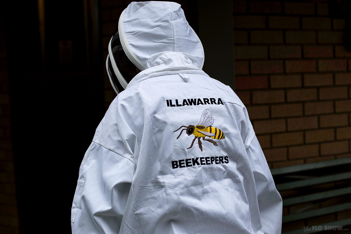 Bee course with the Illawarra Beekeepers Association - You can buy the geers there - on www.TheFloShow.com