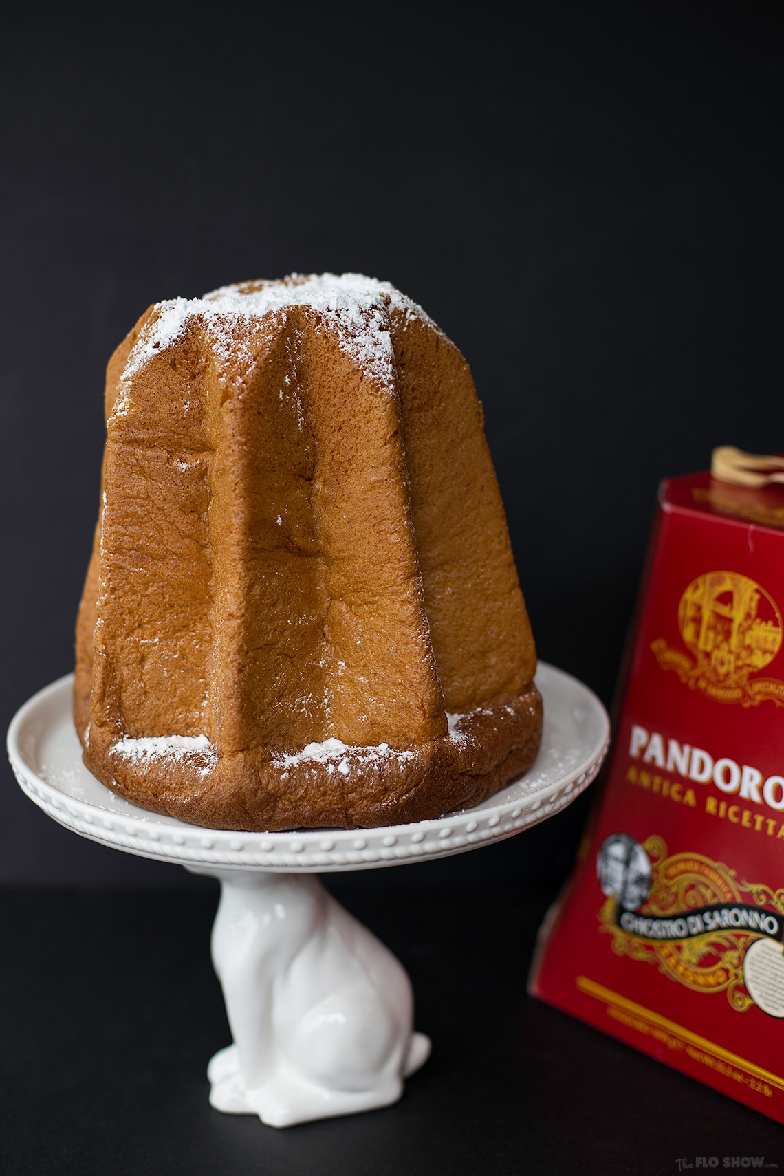 Pandoro antica ricetta by Chiostro di Saronno - a delicious Christmas specialty from Italy on www.TheFloShow.com