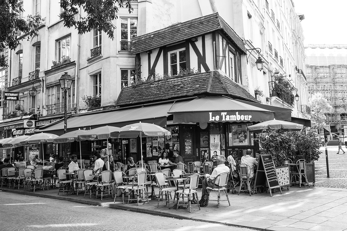 the schools paris excursion with megan morton cafe terrasse le tambour