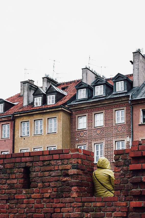 Visit Warsaw - the old walls - on the www.FloShow.com