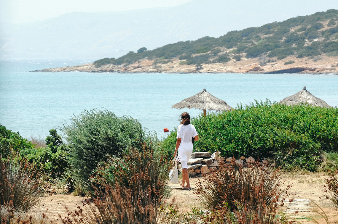 France with the Flo Show - Paros workshop - going to the beach