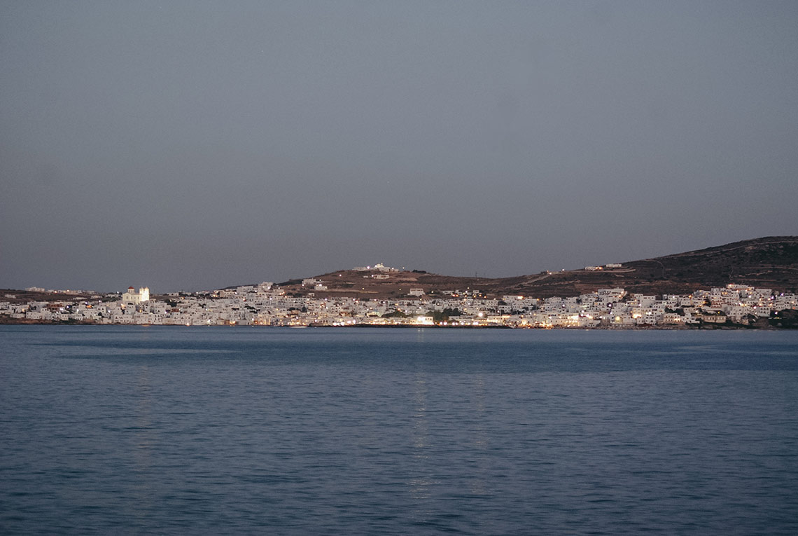 France with the Flo Show - Paros workshop - the island by night